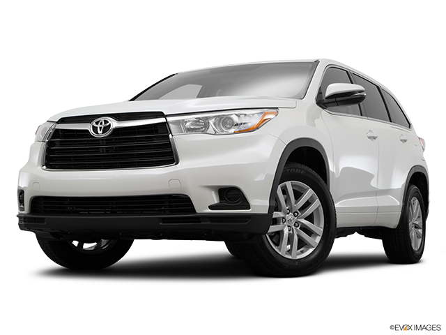 2016 Toyota Highlander in Westborough MA